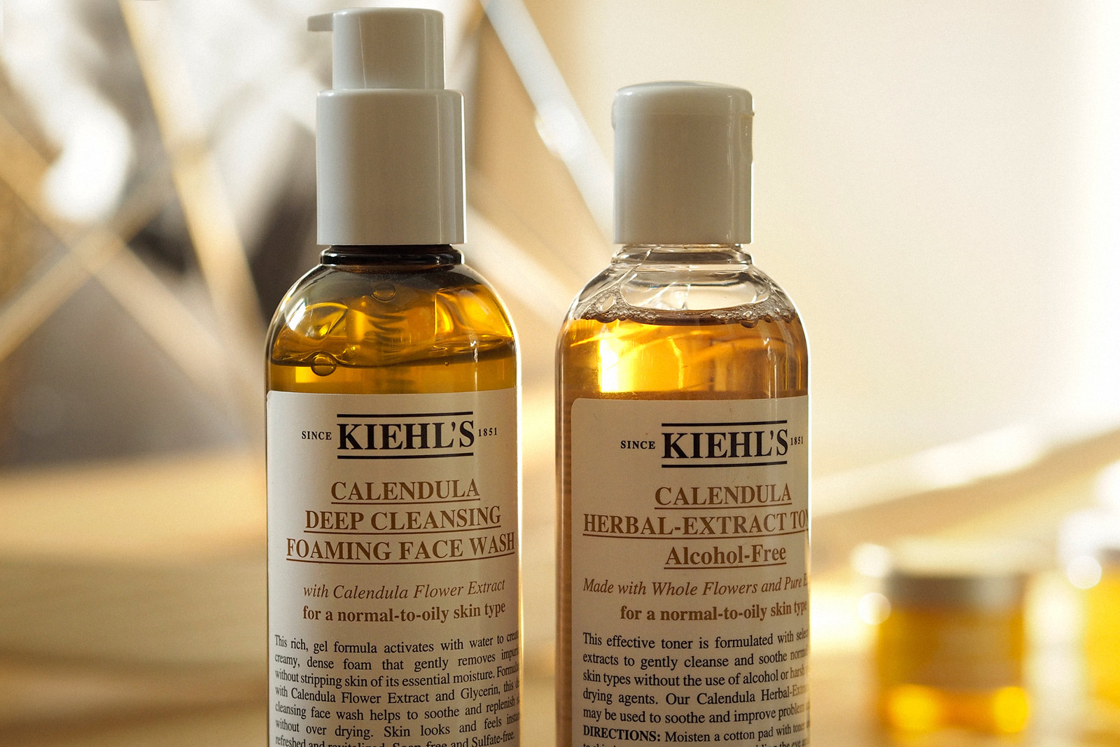 kiehl's morning routine beauty beautyblogger golden light amber beautiful wood calendula cleansing moisturizing mask skincare apothecary video blogger vlogger cats & dogs beautblog ricarda schernus düsseldorf max bechmann fotografie film nrw blog 3