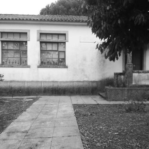 #caminhada #escola #primaria #desertificação #interiorprofundo   Noutros tempos estava cheia de vida, naqueles tempos em que ter filhos era uma riqueza...