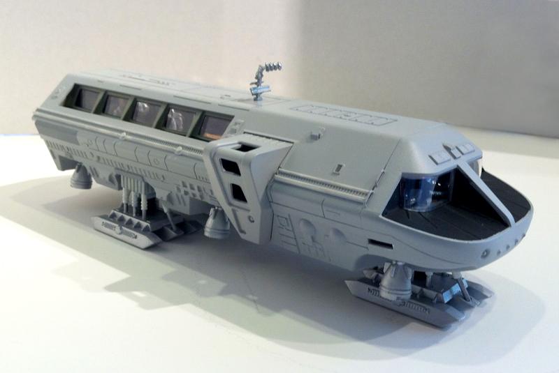 2001 moon bus 1-55 01