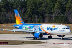 Allegiant A320 N228NV_AH3V3600