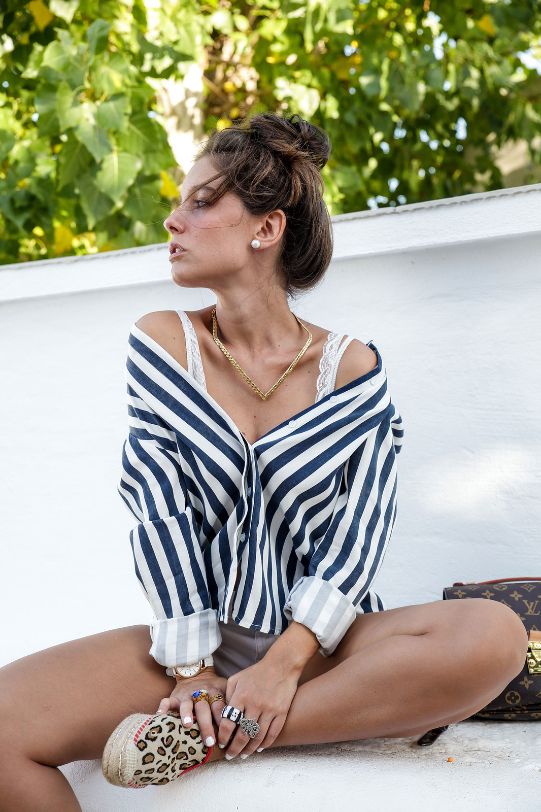 06_Leopard_and_stripes_perfec_mix_print_outfit_THEGUESTGIRL_henry_london_white