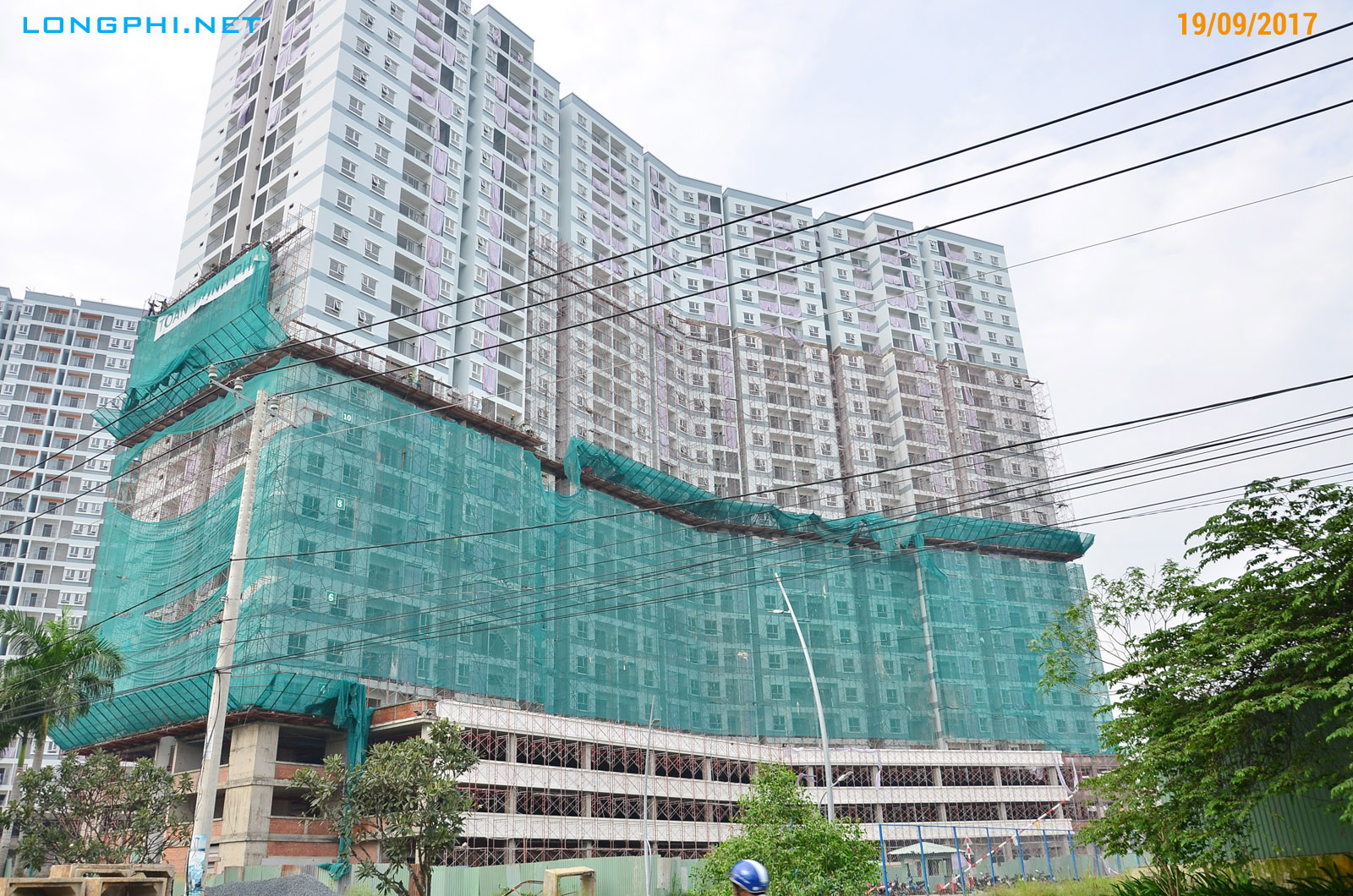 Mặt ngoài tháp Bắc M1 Jamona Apartment - Luxury Home. Tiến độ 19/09/2017.