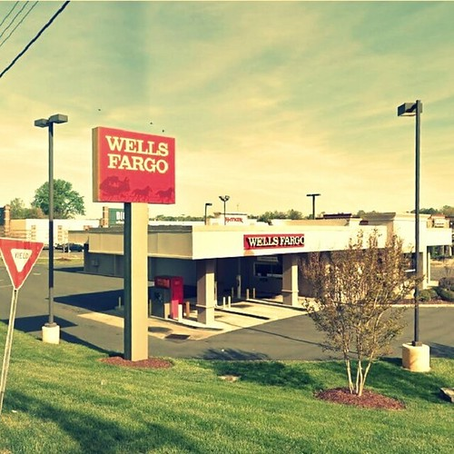 Wells Fargo bank and ATM at 403 Cox Rd near top dentist in Gastonia NC Gastonia Family Dentistry