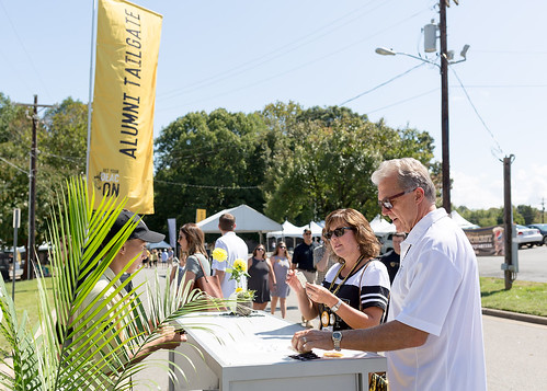 20170916_wfuhc_tailgate_12fl