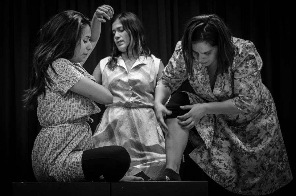 PUCP estrena Casa de Perros | Auditorio ICPNA Miraflores