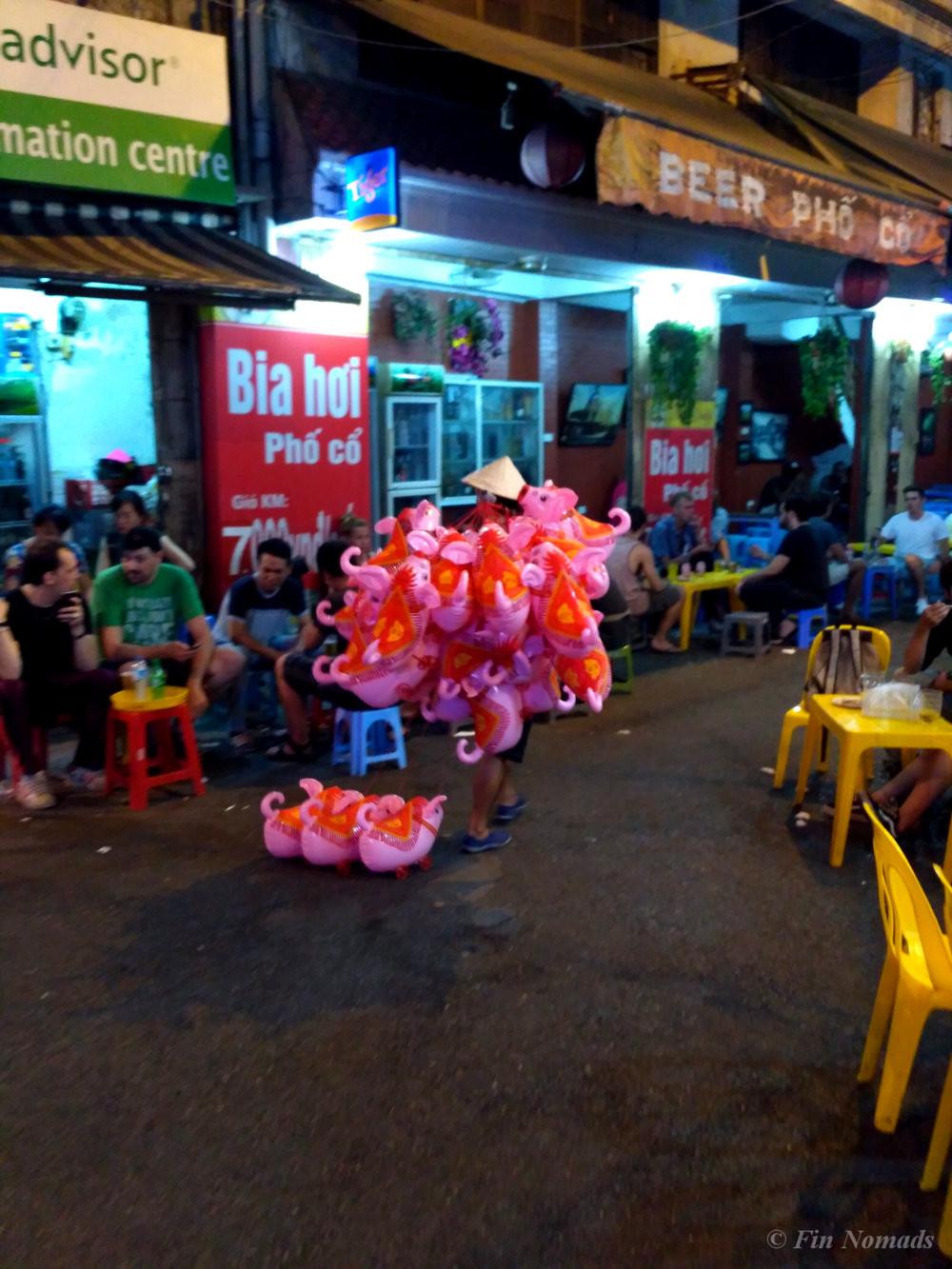 Vietnam budget travel