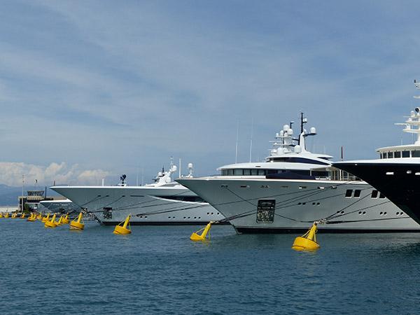 gros yachts