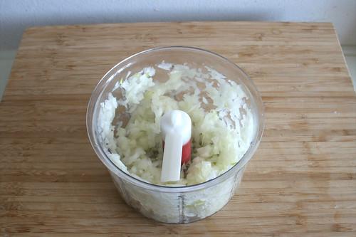 34 - Zwiebel würfeln / Dice onion