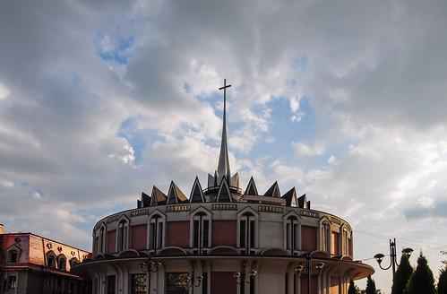 iasi romania cathedral church ourladyqueen catholic catedralasfântafecioarămariaregină