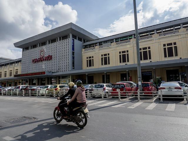 Photo:Estación Central de trenes, Hanoi, Vietnam By Edgardo W. Olivera