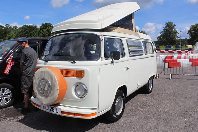 VW 1973 Camper YND 281L, Canon EOS 700D, Canon EF-S 18-55mm f/3.5-5.6 III