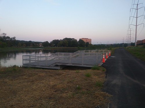 New observation platform along Four Mile Run (Arlington VA)