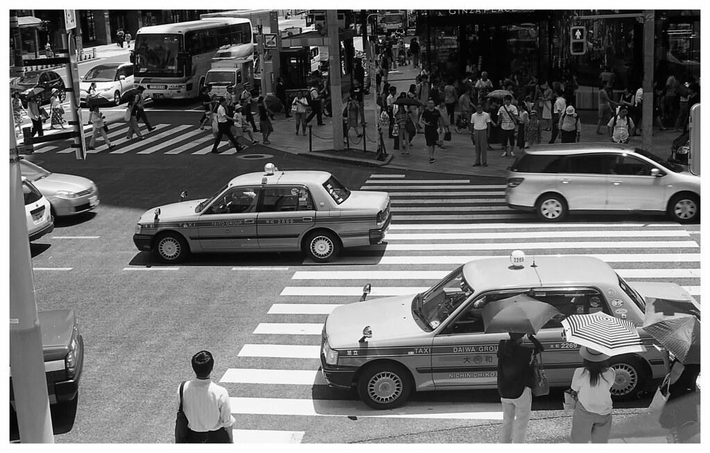 acros ginza taxis