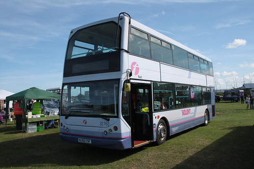 First Hampshire & Dorset 32763 WJ55CSF