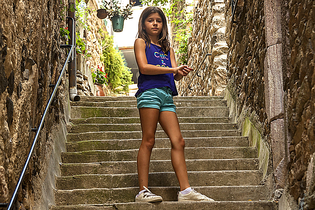 Girl--Olargues