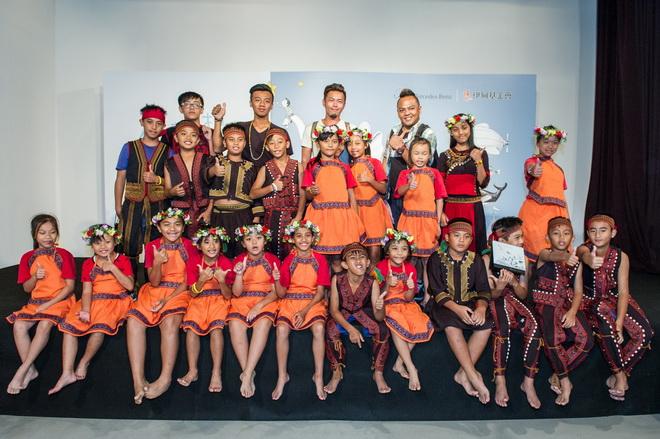 小朋友在【Mercedes-Benz星夢想‧伊甸象圈工程計畫】的幫助下,首次來到台北登台表演,更得到一覽城市多元風情的機會