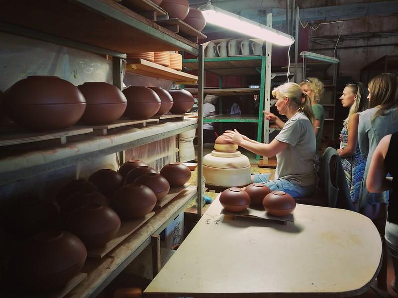 Vaidavas keramikas ražotnē