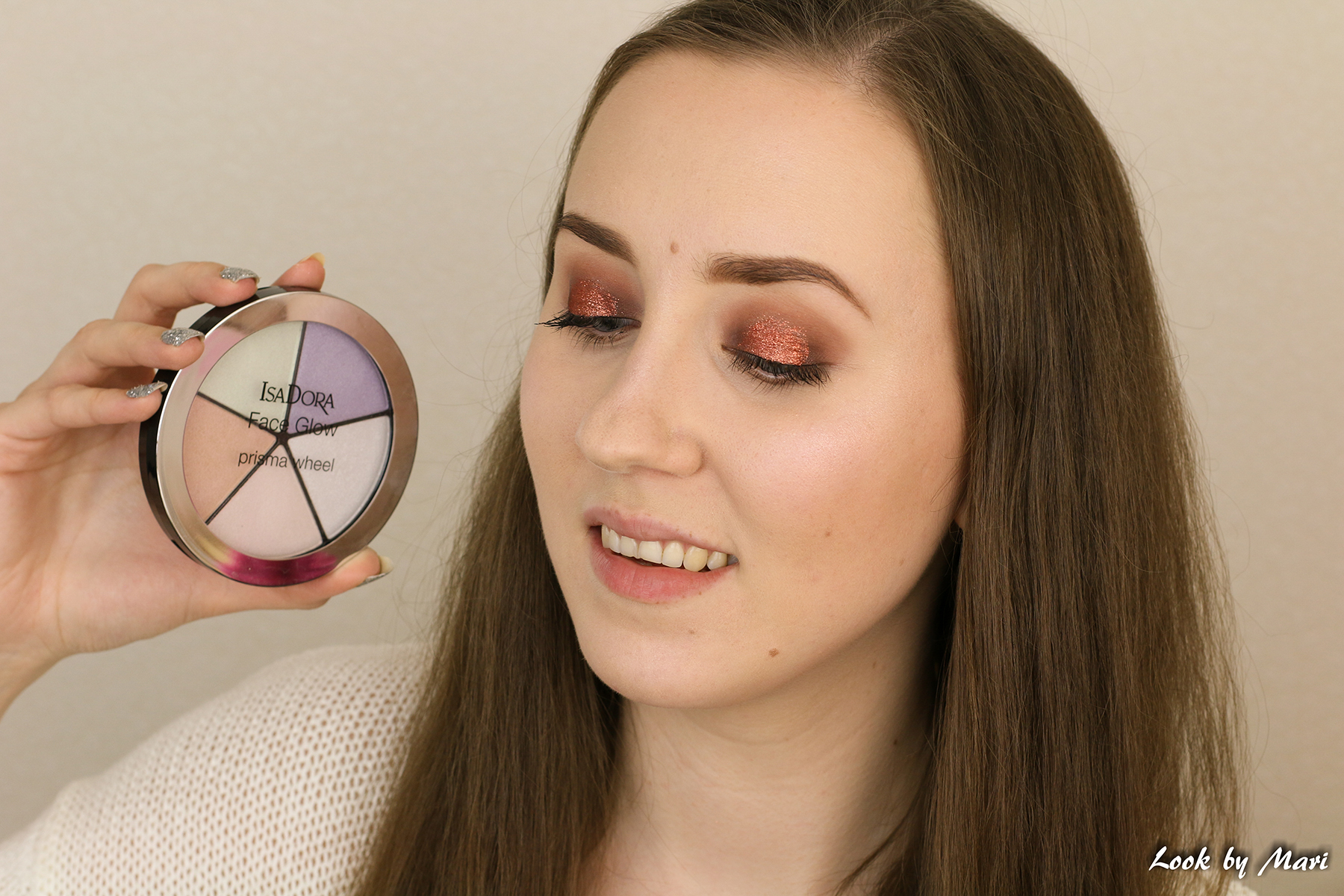 12 isadora face glow palette prisma wheel revie kokemuksia swatches