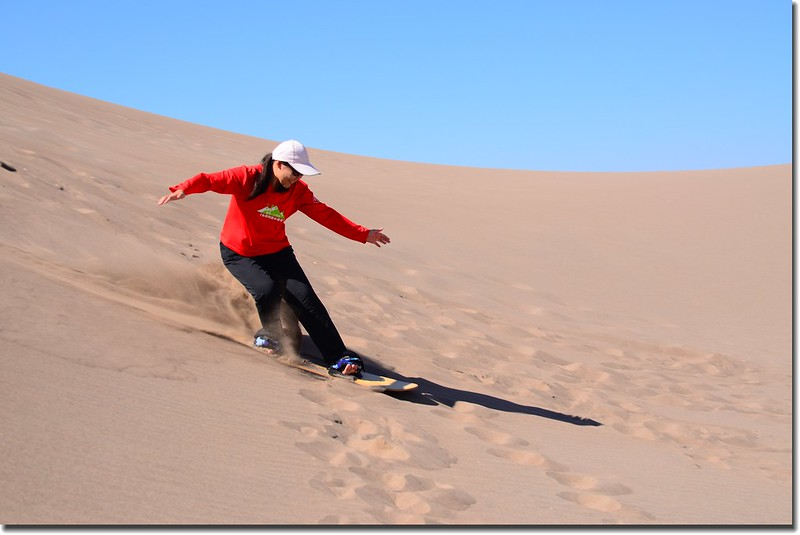 Sledding at Great Sand Dunes  (25)