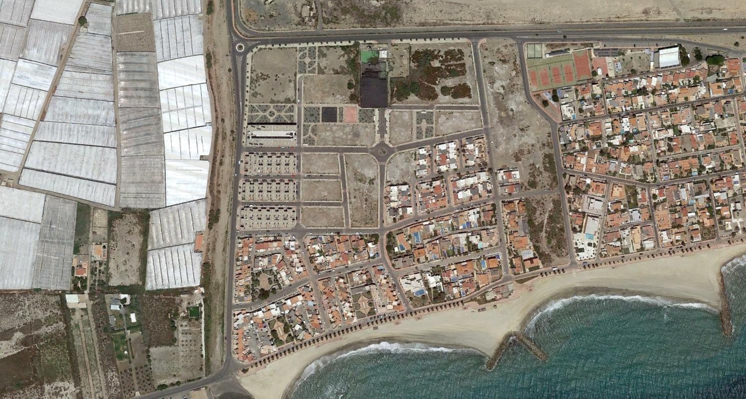 costacabana, almería, es una depuradora, después, urbanismo, planeamiento, urbano, desastre, urbanístico, construcción, rotondas, carretera