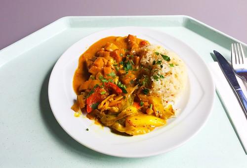 Tikka Masala with salmon dices & spiced rice / Tikka Masala mit Lachswürfeln &  Basmati-Gewürzreis