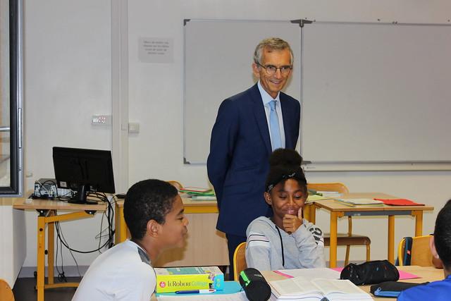Visite d'un stage de réussite au collège Maria Casarès à Rillieux-la-Pape