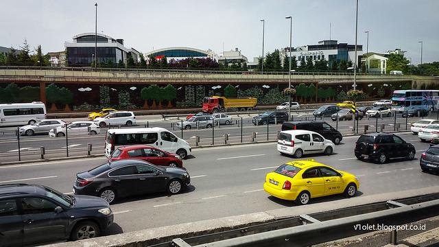 Istanbul2-124058rw
