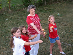 2010 - 07 - 04 - The Girls on the Fourth of July