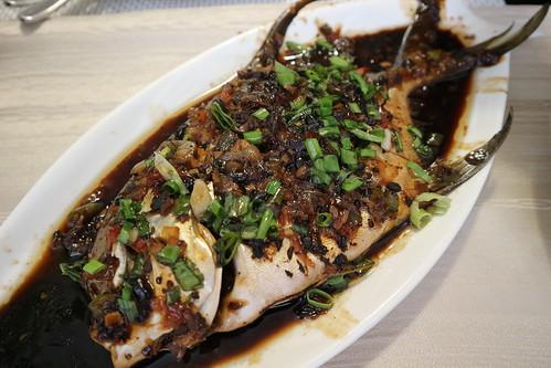 steamed pompano - Kairos Kitchen Davao Opens a Sea-riously Kairos Seafoods Restaurant IMG_1012