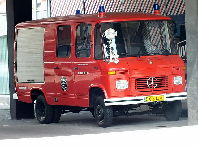 Mercedes-Benz T2 408 Rosenbauer, Fujifilm FinePix HS35EXR