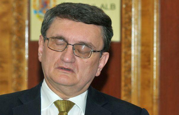 Victor Ciorbea, avocatul mafiei PSD-iste