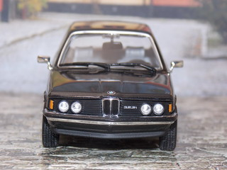 BMW 323i - 1977 - Minichamps