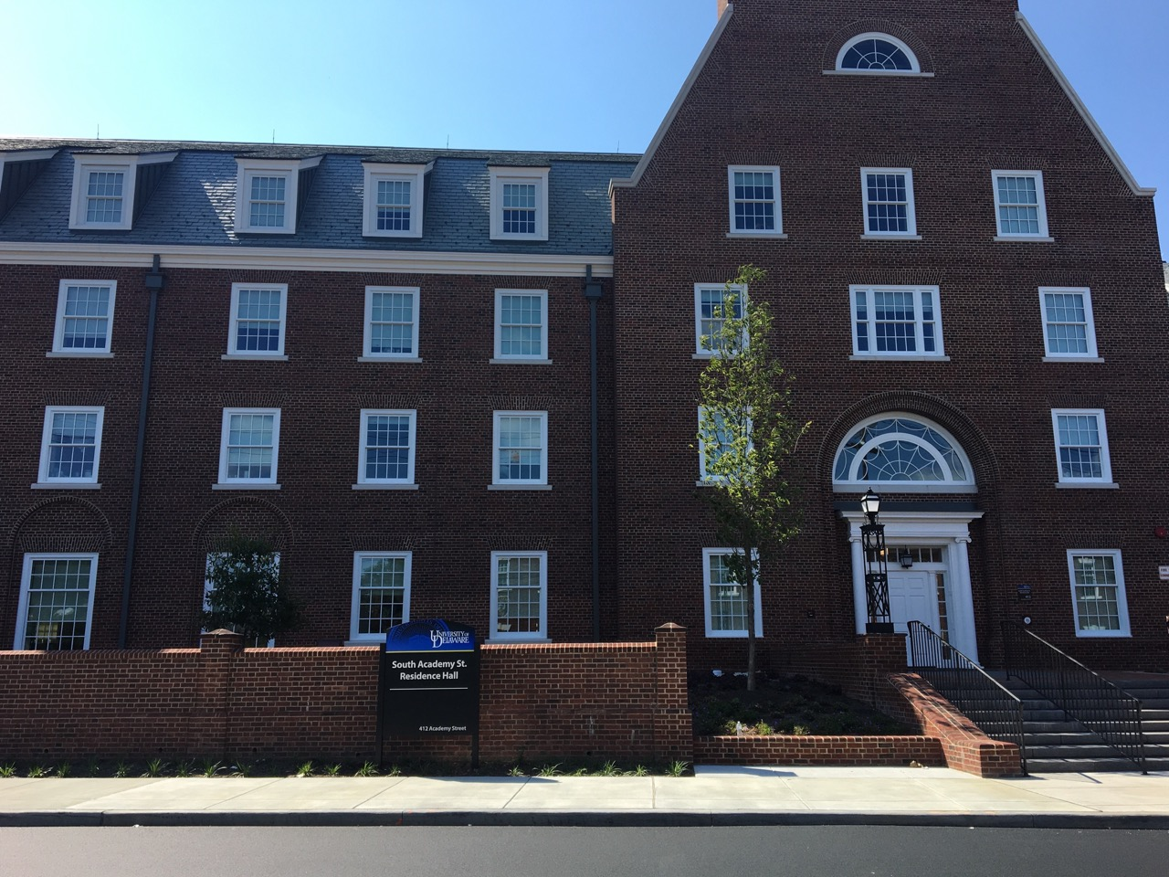 New dorm on the block: residents move into new Academy Street Residence Halls