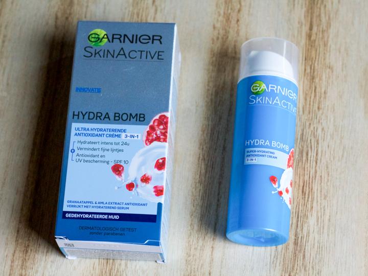 Garnier Hydra Bomb Hydraterende Crème Antioxidant SPF 10