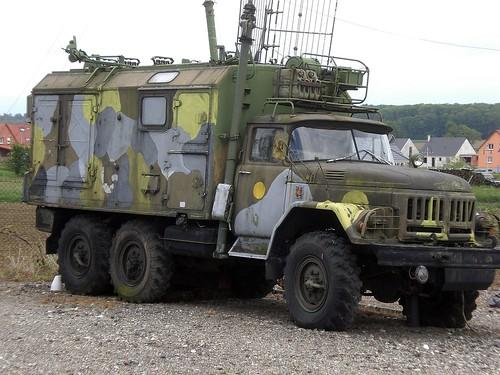 Funkerlastwagen GMC CCKW der Amerikanischen Armee in Hatten
