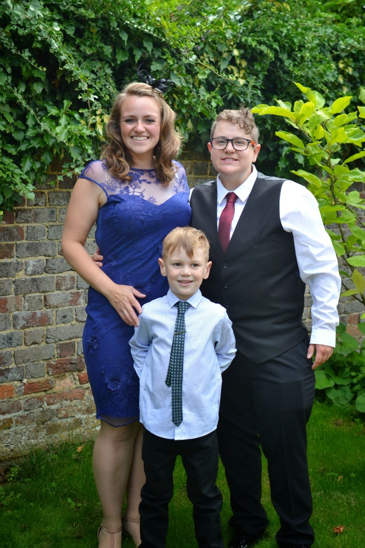 Wedding outfits family