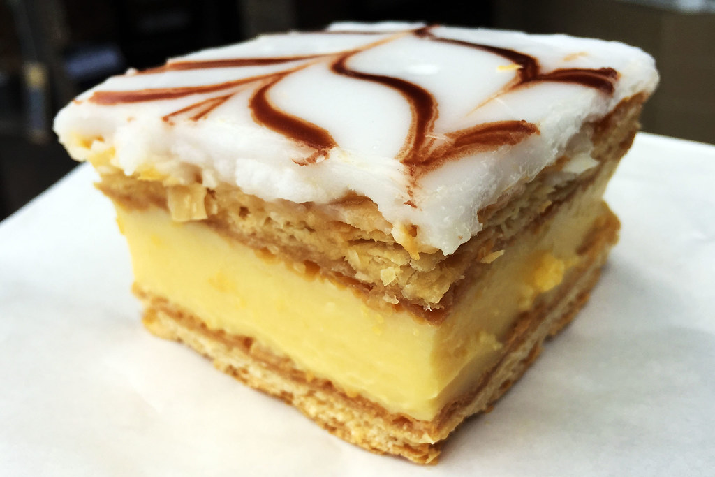 Vanilla slice, Blue Mountains Buttery