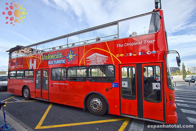 o ônibus turístico de Valência