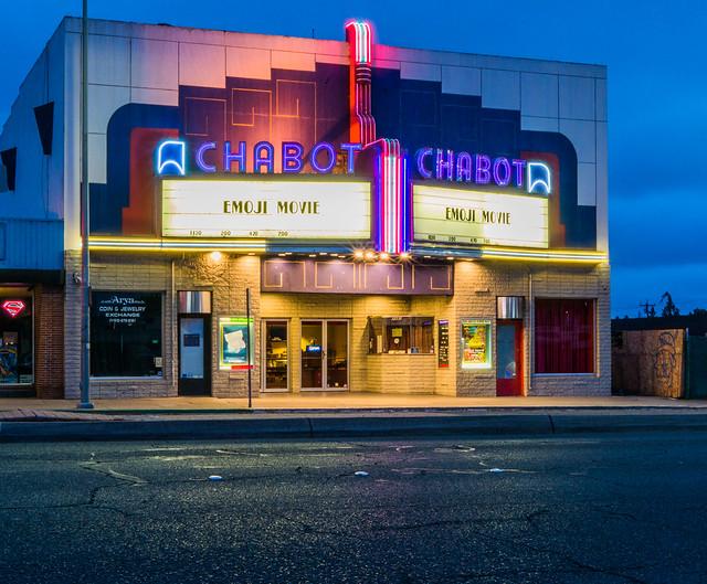 Chabot Cinema (again..), Panasonic DMC-G7, LUMIX G 25/F1.7