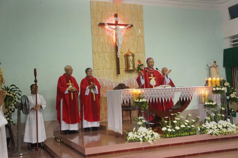Lễ Suy tôn Thánh Giá tại dòng Mến Thánh Giá Qui Nhơn