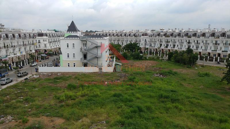 Dự án Cityland Center Hills Gò Vấp. Tọa lạc tại số 02 Nguyễn Oanh, P.7, Q.Gò Vấp, Tp. HCM với tổng diện tích gần 7,6 ha, tổng mức đầu tư 1.541 tỷ đồng.