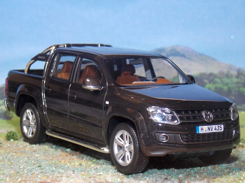 VW Amarok TDi - 2009 - Minichamps