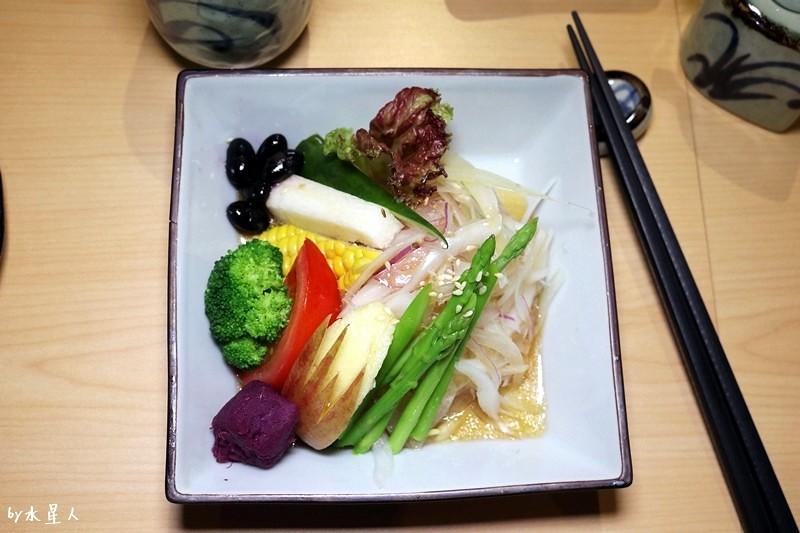 36537281100 d600f75270 b - 熱血採訪| 本壽司,食材新鮮美味,還有手卷、刺身、串炸