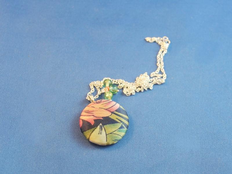 button necklace 3