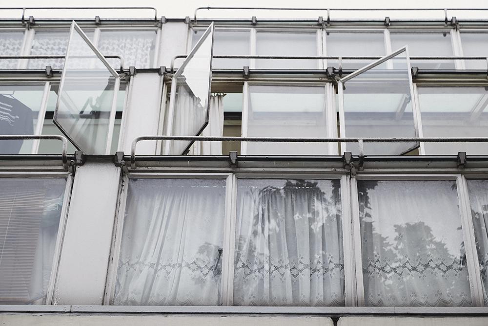MikkoPuttonen_Olympus_PENFCLAN_PenF_Camera_Derrohe_Balenciaga_Joseph_Kenzo_outfit_london_architecture10_web