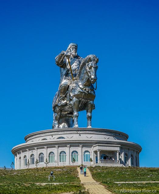 Mongolia Chiggis Khan Monument-3
