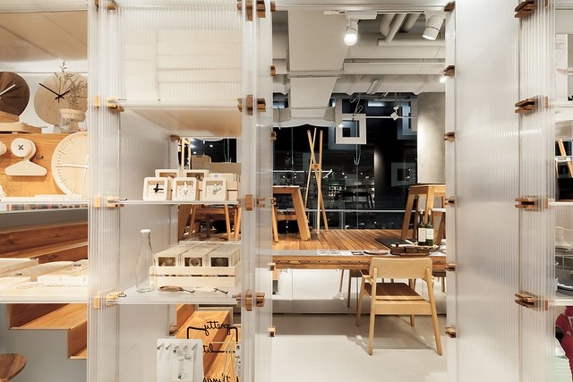 170910_ROOM_Concept_Store_06__r