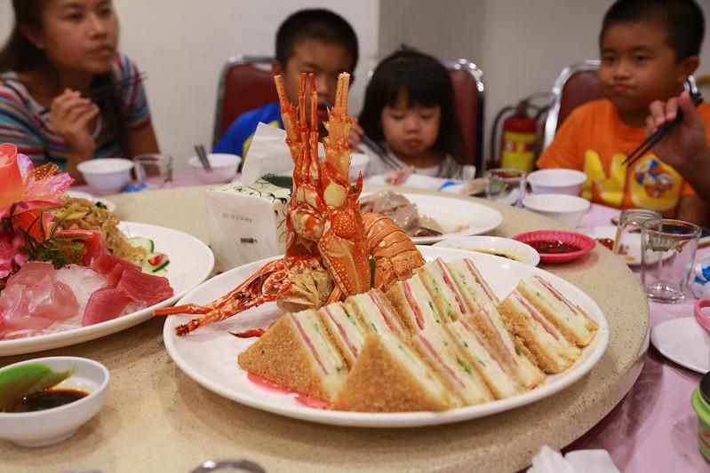很好吃的龍蝦三明治