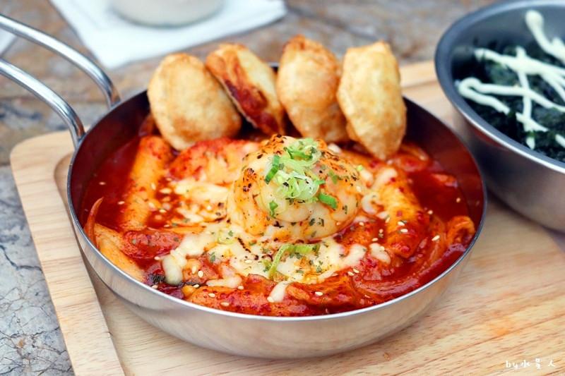 37092932870 0ceb895074 b - 熱血採訪   KATZ 卡司複合式餐廳二店,超人氣創意美韓料理,奶蓋咖哩烏龍麵好吃!