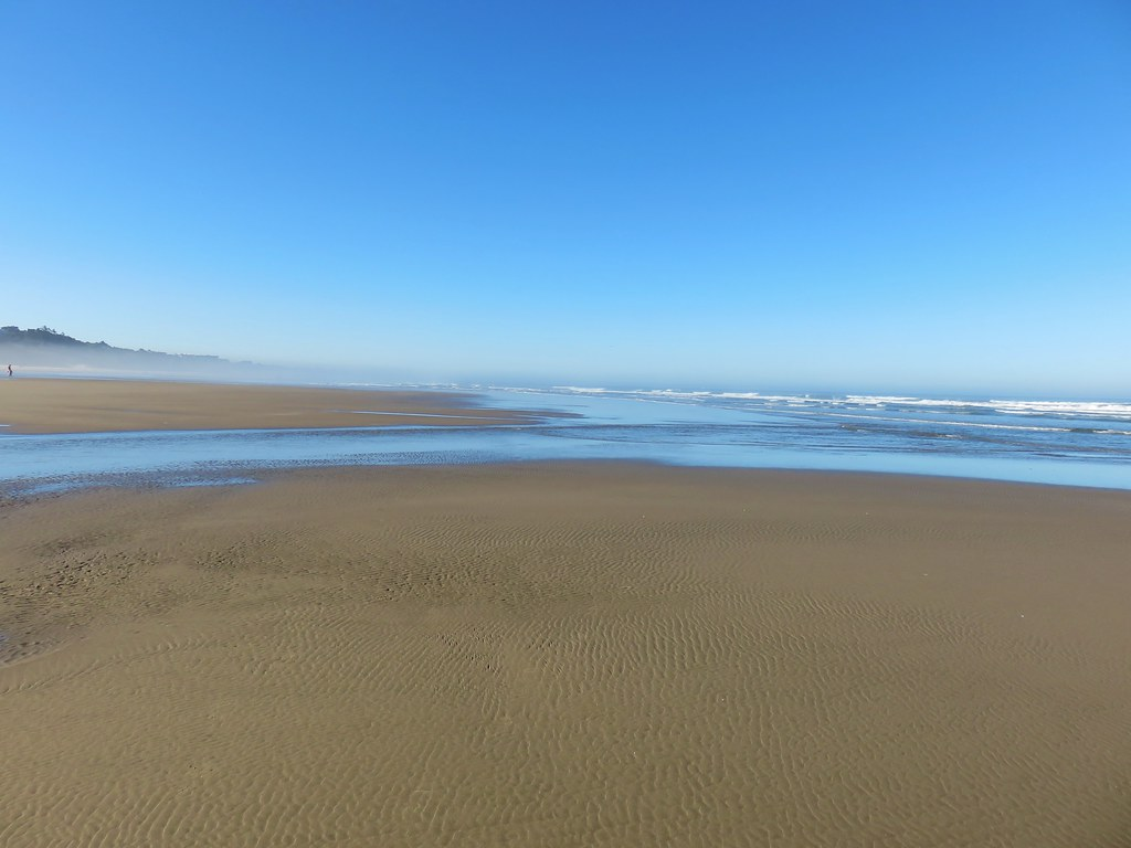 Looking south from Agate Beach